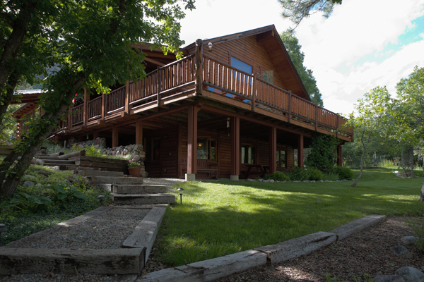 Logwood Bed And Breakfast