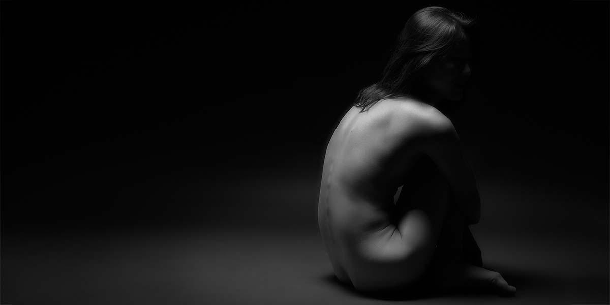 Fine art nude photograph by Tucson photographer Galen Evans